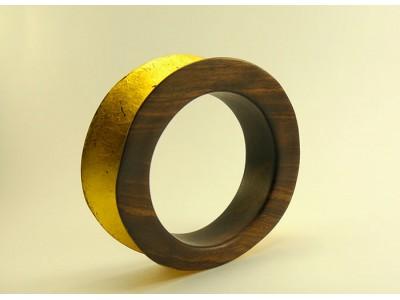Браслет из эбенового дерева с золотом