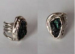Кольцо с висмутом в серебре