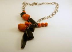 Ожерелье серебряное с натуральными камнями