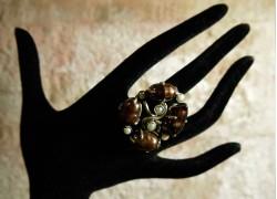 Кольцо серебряное с черным и белым жемчугом