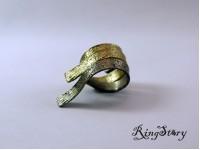 Кольцо из бронзы из трех частей