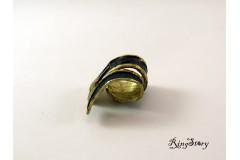 Кольцо из бронзы выгнутое с чернением