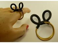 "Кольцо из латуни и каучука ""Микки"""
