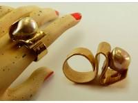 Кольцо из бронзы и пресноводного жемчуга