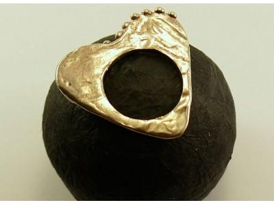 """Кольцо плоское из серебра """"Сердце"""""""
