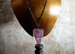 Кулон хрустальный с изображением цветка
