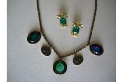 Ожерелье бронзовое  с 3-мя инталиями