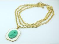 Ожерелье с камеей на белой эмали в золоте