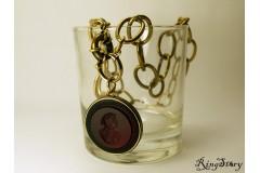 Ожерелье из бронзы с камеей