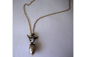 Кулон из бронзы с грифоном